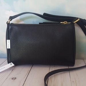 bf339d6fda4c Marc Jacobs Bags - Marc Jacobs Empire City Black Leather Crossbody